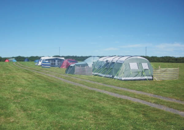 Lee Meadow Farm Camping 10660