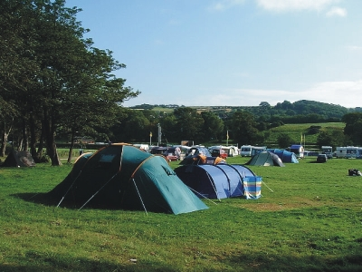 Blackwater Hostel and Riverside Campsite 7584