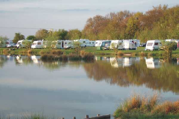 Westerly Lake Fishing & Caravan Park 7633