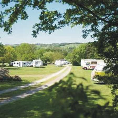 Holme Valley Camping and Caravan Park 9180