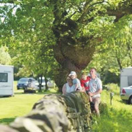 Holme Valley Camping and Caravan Park 9181