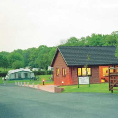 Holme Valley Camping and Caravan Park 9185