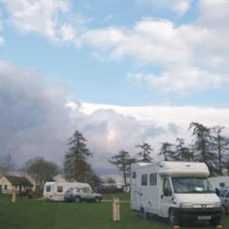 Holme Valley Camping and Caravan Park 9195