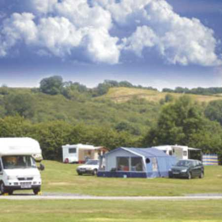 Holme Valley Camping and Caravan Park 9198