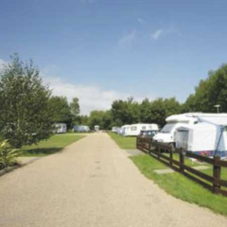 Holme Valley Camping and Caravan Park 9211