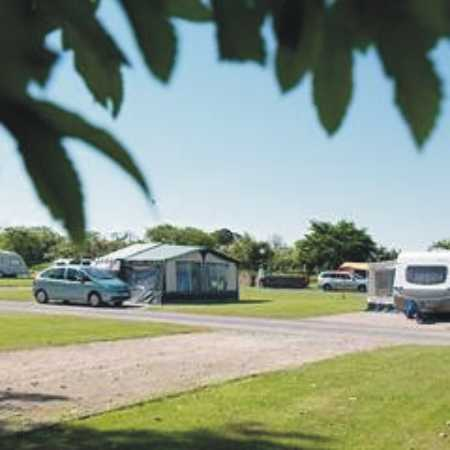 Holme Valley Camping and Caravan Park 9214