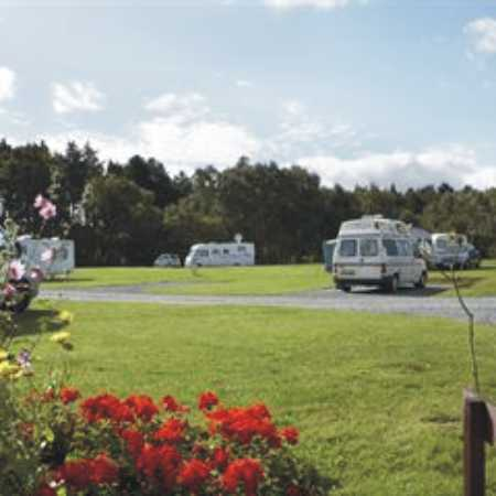 Holme Valley Camping and Caravan Park 9222