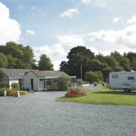 Holme Valley Camping and Caravan Park 9224