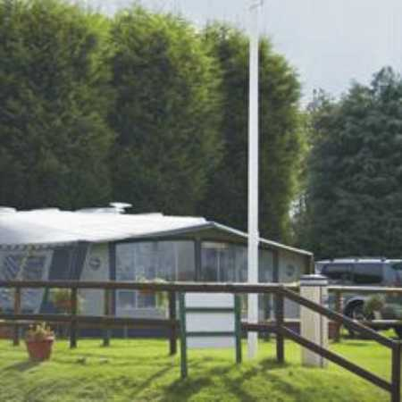 Holme Valley Camping and Caravan Park 9256